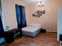 Lovely Beautiful studio double bedroom to rent in West Kensington including ALL Bills 214 per Week