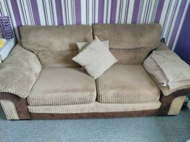 great cond sofa 2 seater pet smoke free home