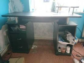 Black computer desk-BARGAIN