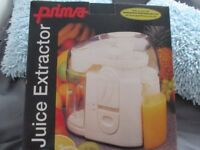 Prima Juice Maker/ Extractor - unwanted gift - never used - still boxed as new