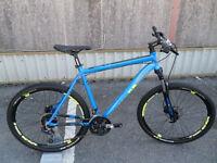 "Dimondback SYNC 4.0 27.5"" Hardtail Mountain Bike Brand New Hydraulic Brakes"