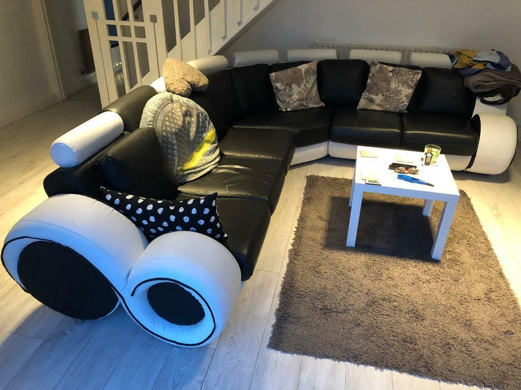 Black & White Leather corner sofa | in North Shields, Tyne and Wear |  Gumtree