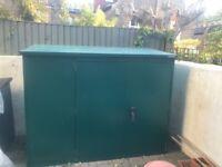 Secure Asgard metal bike shed - top of the range lock & weatherproof