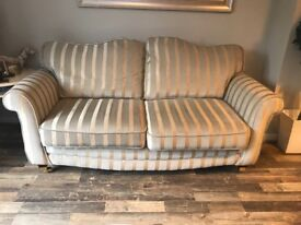 2 seater sofa, great condition