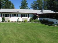 Beautiful Lake Front Home - Thunder Lake - Dryden