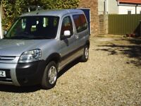 peugeot partner combi 1.6hdi diesel 2007 taxed and tested full service history