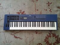 YAMAHA CS1X SYNTH