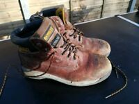 Dewalt size 9 steel toe caps, good condition, soles and tread really good. Fronts a bit scuffed. £8