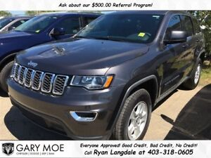 2017 Jeep Grand Cherokee Laredo **LIKE NEW**