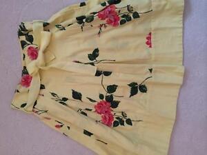 Jackpot floral skirt size 34 Kingston Kingston Area image 1