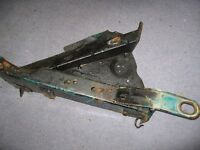 VW T4 TRANSPORTER CARAVELLE FRONT RIGHT CHASSIS LEG
