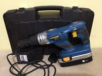 Powerful hammer drill. 24 V battery. Workzone. Variable speeds. Workzone.