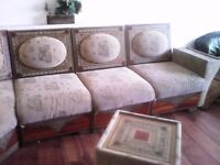 8 piece moroccan sofa corner arabian style with coffee table Good Condition ONLY £150