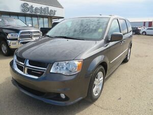 2016 Dodge Grand Caravan CREW PLUS NAVIGATION!! LEATHER!!