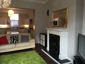 Students - 2 Large Double Rooms and Ensuite Room available in Newcastle