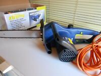 1800w power chainsaw - new condition