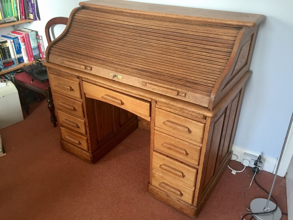 Lovely Oak Antique Roll Top Desk On Concealed Castors And With Working Lock