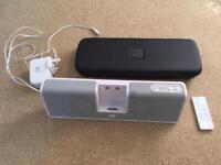 Logitech iPod/iPhone speaker - old style dock