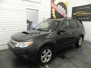 2013 Subaru Forester 2.5L Turbo,Limited,toit,air,gps,cuir
