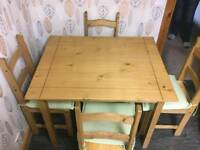 Mexican pine table + 4 chairs
