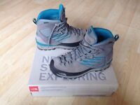 The North Face Women's Hiking Boots size 5.5