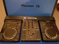 Pioneer CDJ 350 X2 & DJM 350 & Flight Case £700 ovno