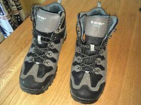 Hi-Tec walking boots size 11