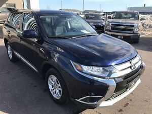 2016 Mitsubishi Outlander ES  4x4, Heated Seats, Bal of 10 Year