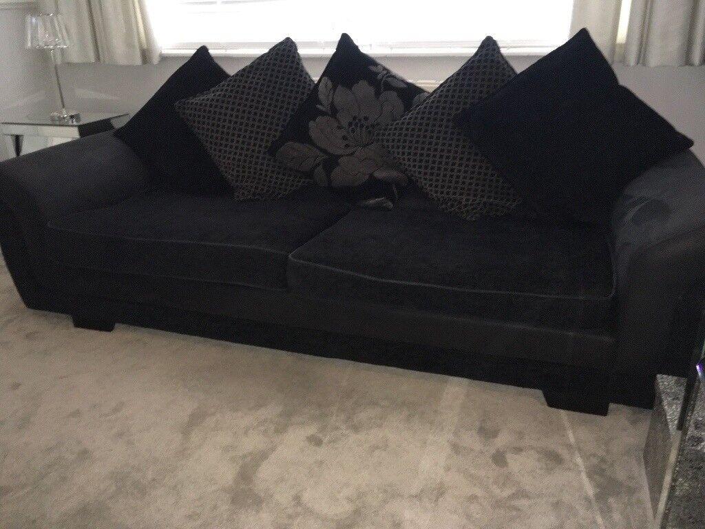Must This Week Gorgeous Large Deep Comfortable Sofa
