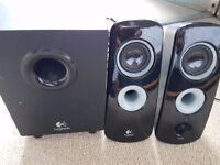 Logitech 2.1 Computer Speakers Perfect Condition