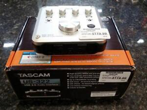 Interface audio Tascam US-322 119.99 $ +Tx ( U040148 )