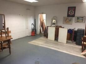 Showroom space to rent