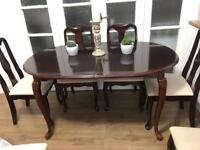 TABLE EXTENDABLE FREE DELIVERY LDN🇬🇧Mahogany no CHAIRS HAS BEEN SOLD