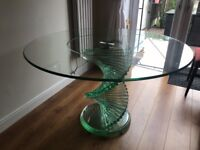 Round twirl glass dining table