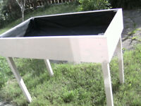 STUNNING HAND MADE HIGH RAISED PLANTING BED, FLOWER BED, VEGETABLE BED ELDERLY, DISABLED.