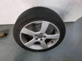 Volvo c30 alloy wheel with tyre r design