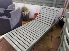 Painted wooden garden lounger