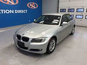 2011 BMW 3 Series 328i All wheel drive, bluetooth, leather
