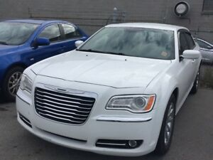 2014 Chrysler 300 Touring | LEATHER | HEATED SEATS