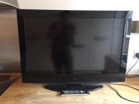 "32"" Tecknika LCD Tv inc FREEVIEW"