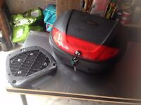 MOTORCYCLE TOP BOX,TWIN HELMET SIZE,INC MOUNTING PLATE.GOOD CONDITION