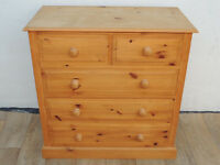 Chest of Drawers chunky wooden pine 5 draw (Delivery)