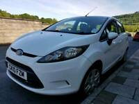 Ford fiesta petrol 105k lady owner