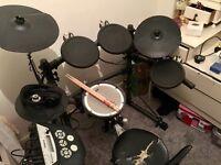 Electric drum set (Roland td-6kv)
