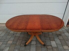Dining Table, extendable, pedestal in yew wood finish