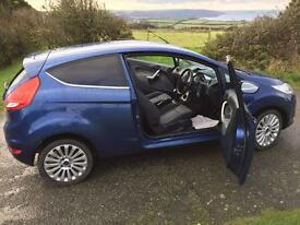 Ford Fiesta 1.6 tdi titanium 3 door blue