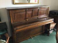 Piano. V.G.C.