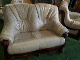 Cream 2 and 1 seat sofa