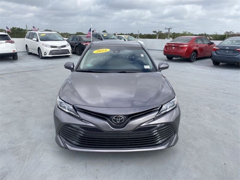Image 2 Voiture American used Toyota Camry 2018