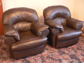 2 Excellent Divani Italian Leather Armchairs
